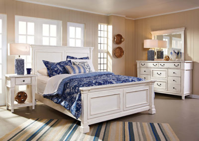 683_StoneyCreekWhite_Bedroom